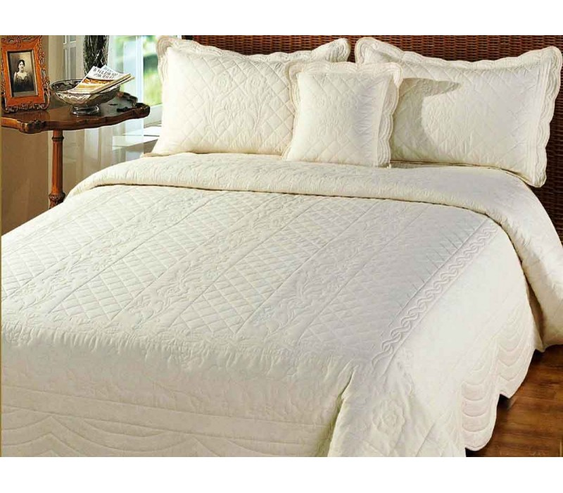 Victoria Bedspread Pictures To Pin On Pinterest Thepinsta