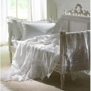 Lace duvet covers
