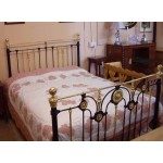 Pink applique bedspread - ex-display